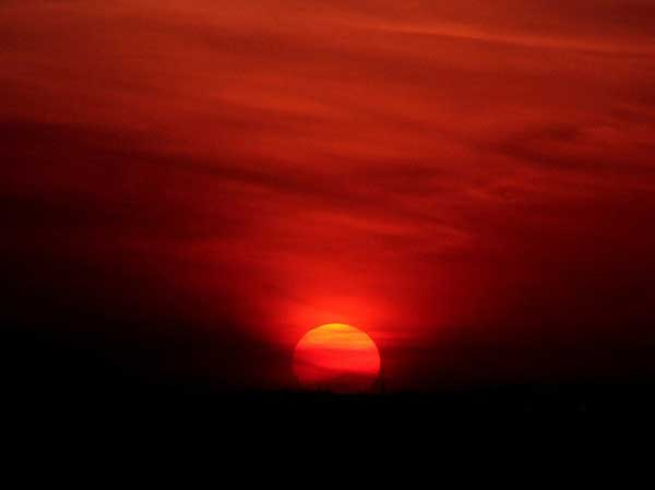 Red Sunset & The Transformative Effect of Color in the Poetry of Tomas ...
