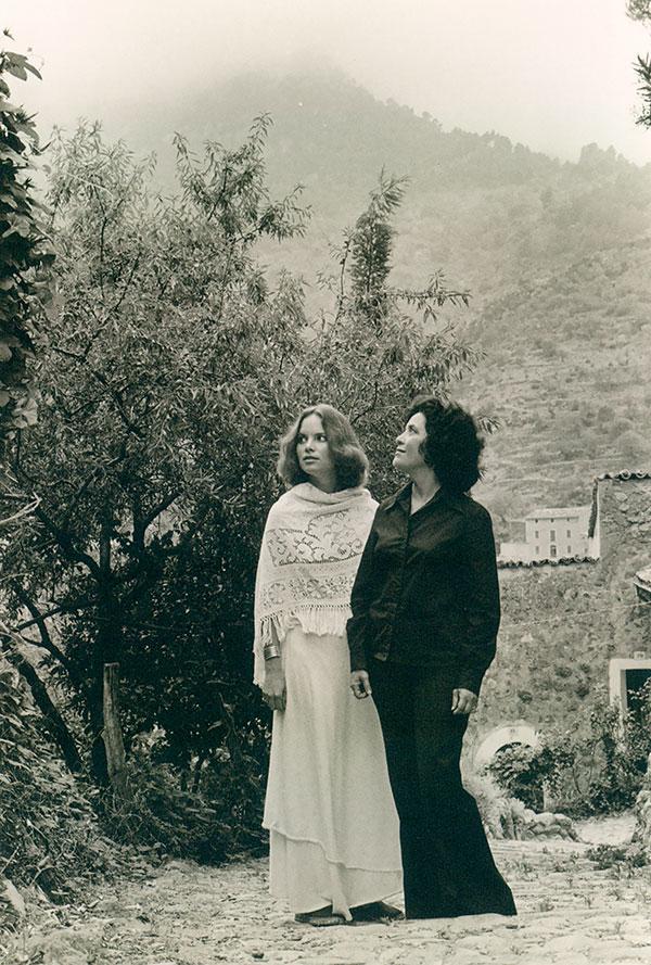 Carolyn Forché (left) and Claribel Alegría in Mallorca in 1977.