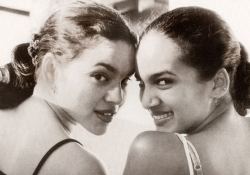 Norah Jones and Anoushka Shankar.