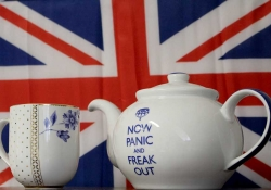"""Brexit tea pot with """"Now Panic and Freak Out"""""""