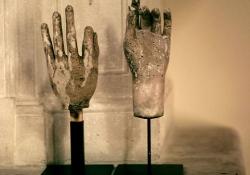 Stone hands